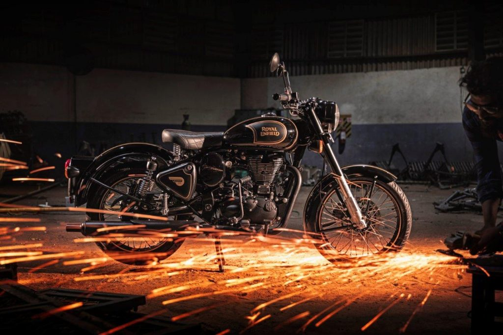 Royal Enfield Classic 500 Black and Gold